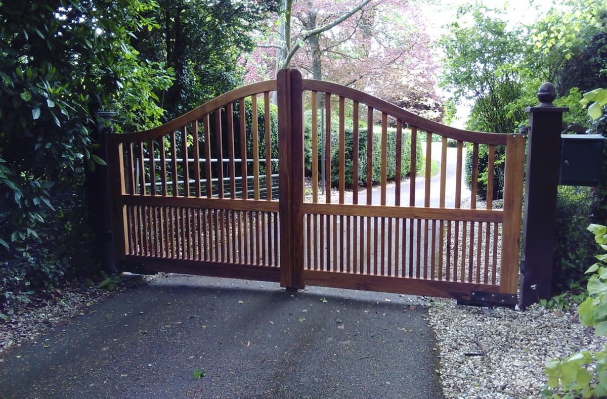 Wooden Gates 66 - TPS Electric Gates
