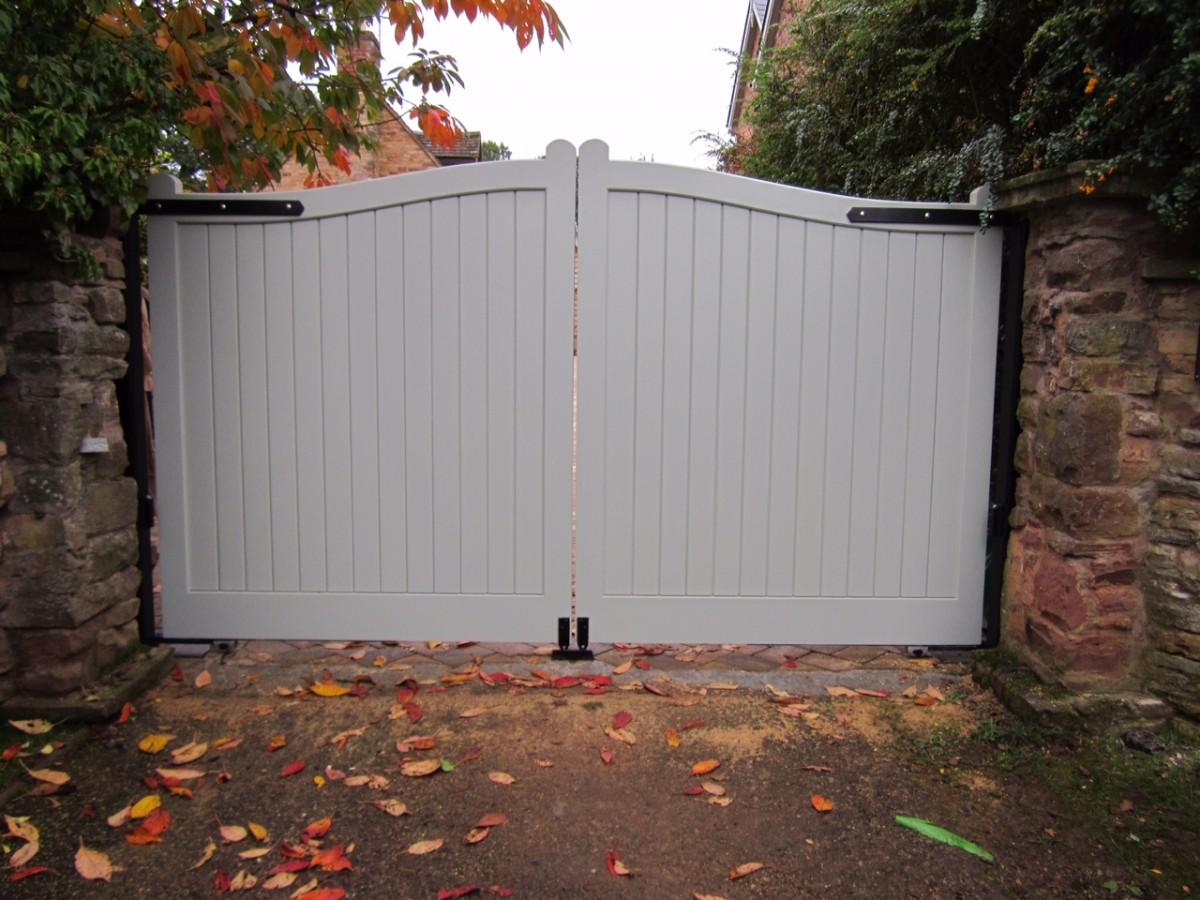 Wooden Gates 57 - TPS Electric Gates