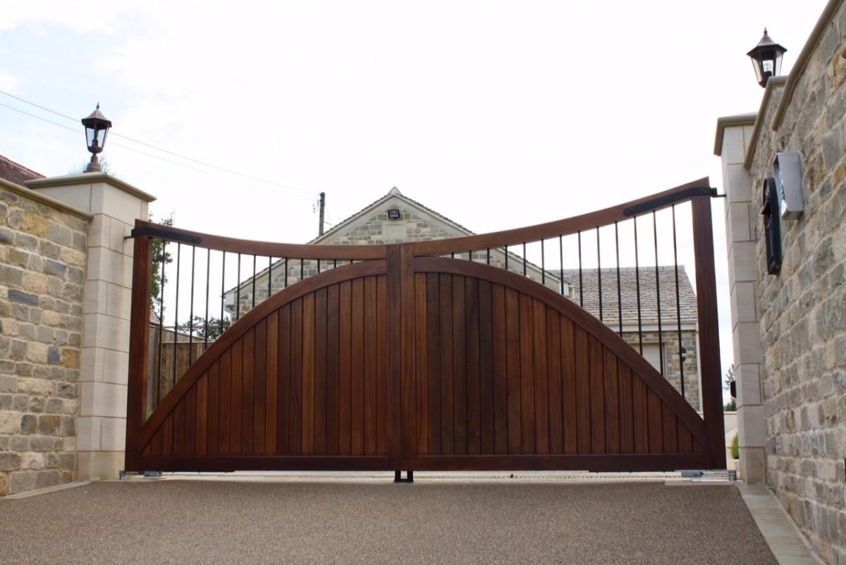 Wooden Gates 55 - TPS Electric Gates