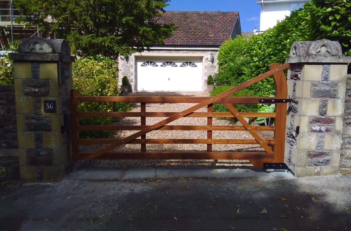 Wooden Gates 51 - TPS Electric Gates