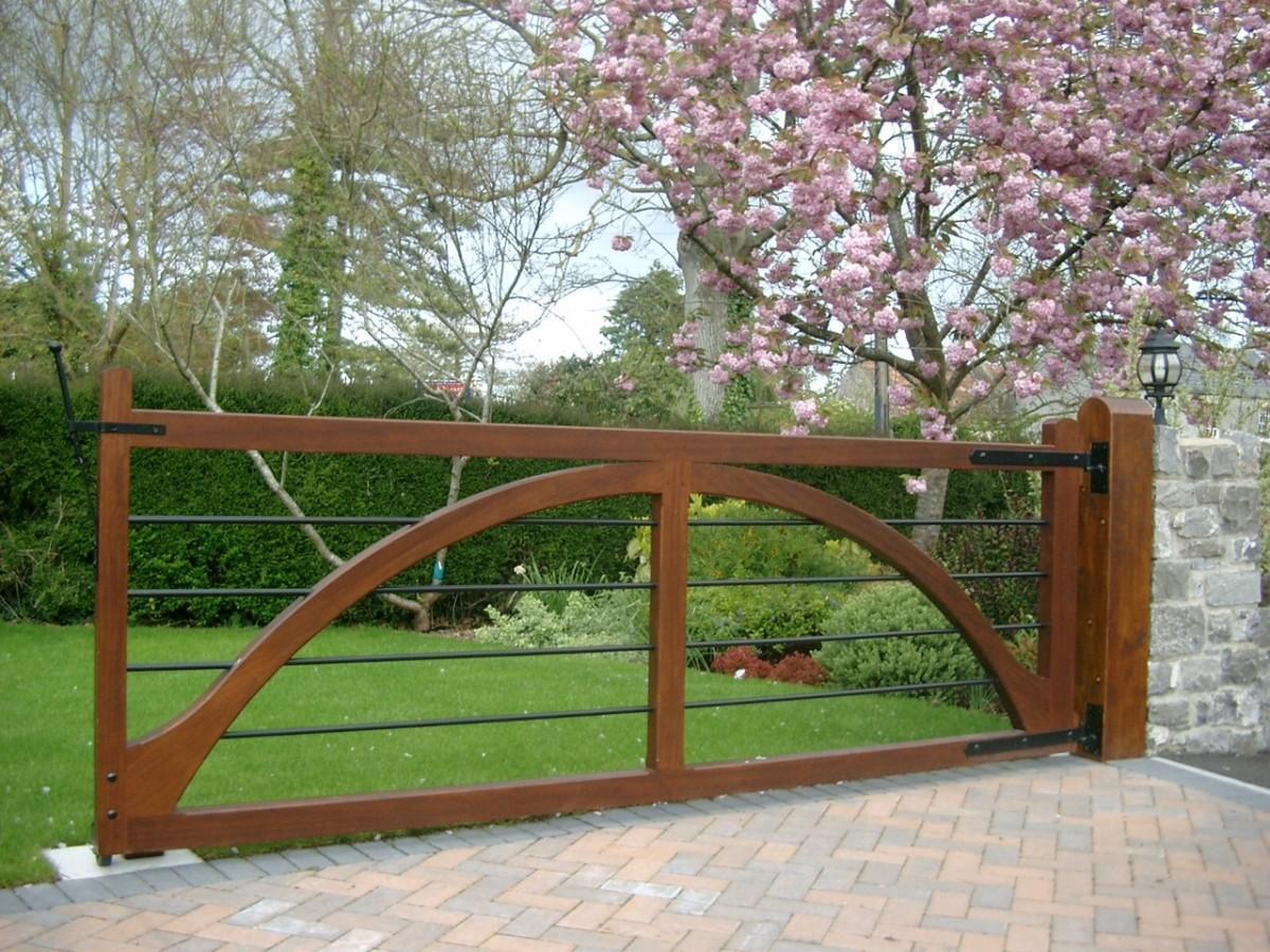 Wooden Gates 46 - TPS Electric Gates