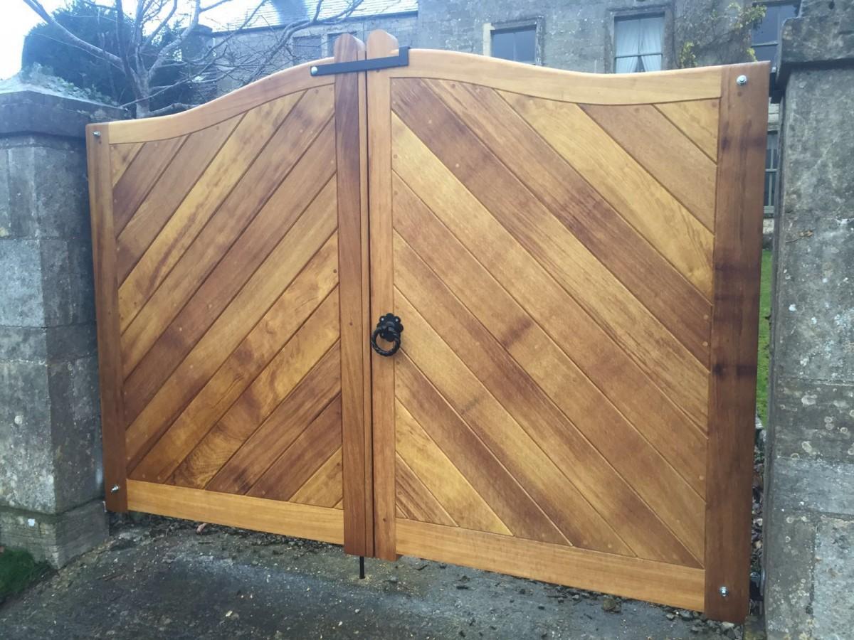 Wooden Gates 38 - TPS Electric Gates