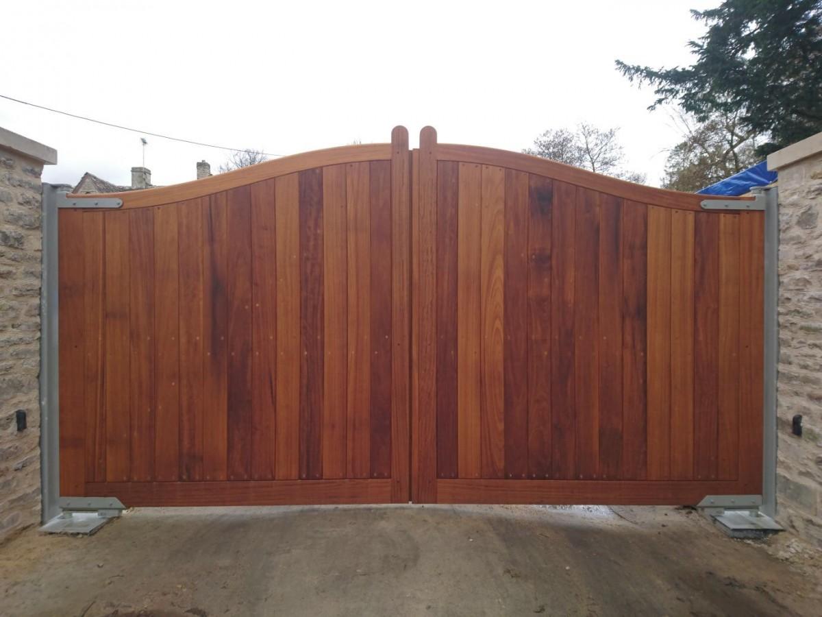 Wooden Gates 33 - TPS Electric Gates