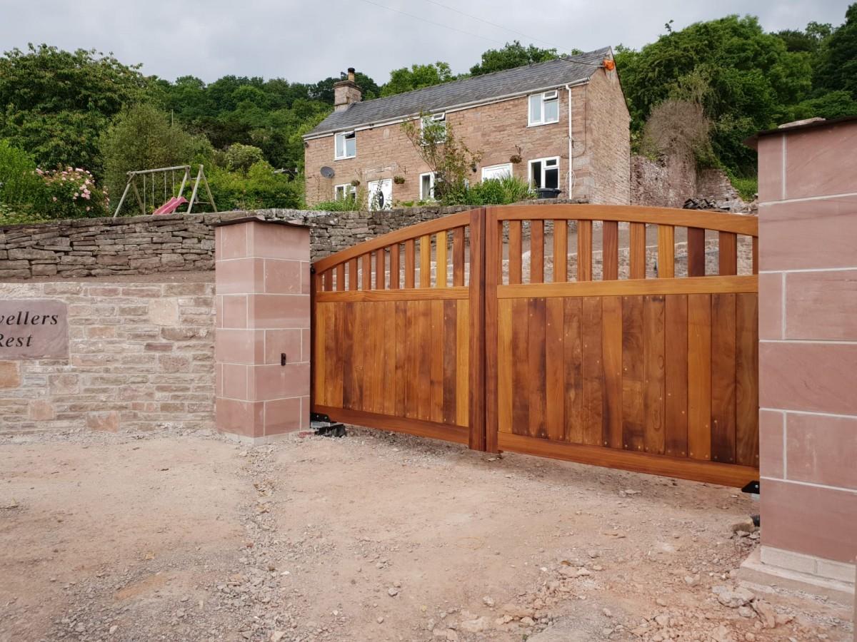 Wooden Gates 13   TPS Electric Gates
