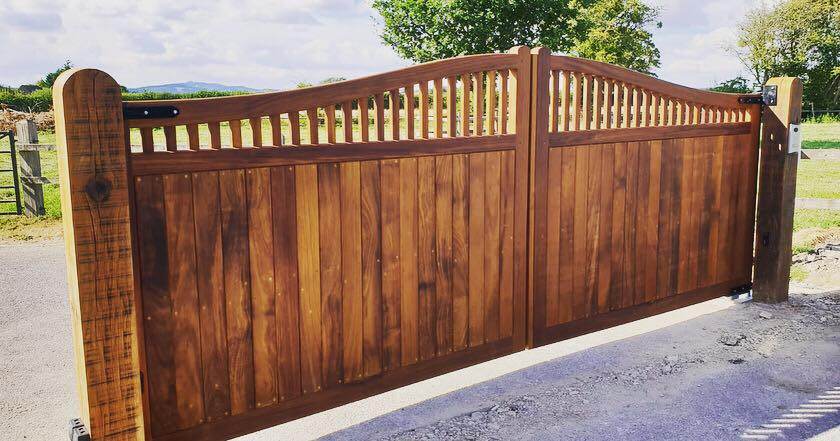 Wooden Gates 11   TPS Electric Gates