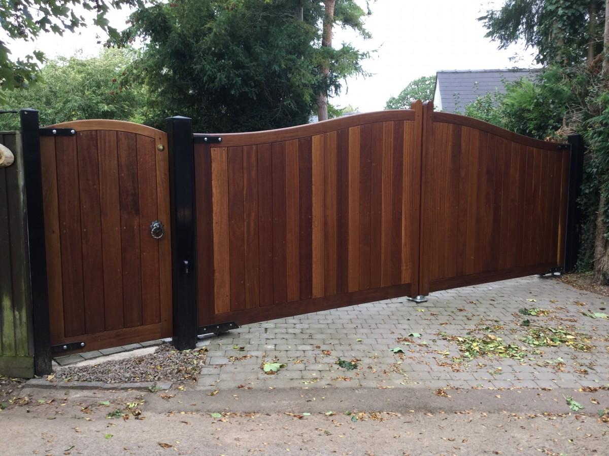 Wooden Gates 9   TPS Electric Gates