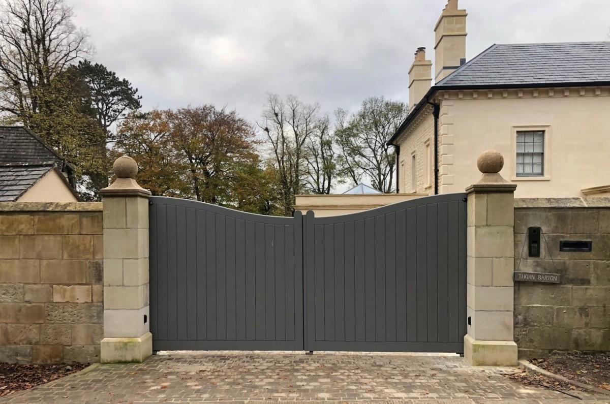 Wooden Gates 8   TPS Electric Gates