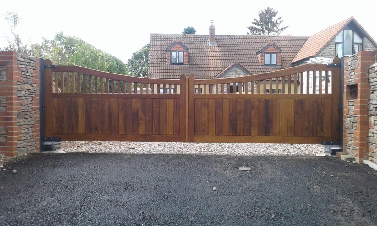 Wooden Gates 5   TPS Electric Gates